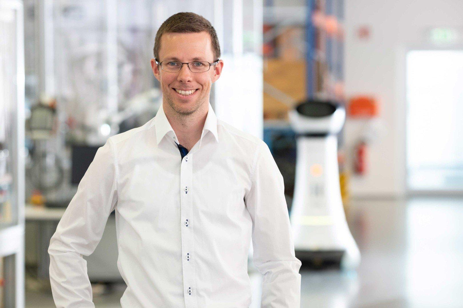 Dr. Florian Weisshardt
